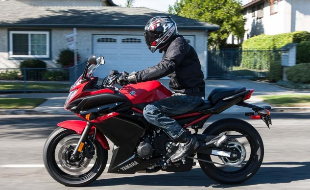 Meanwhile, the FZ6R strikes a nice balance between the Kawasaki and the Honda, its rider only leaning slightly forward, knees not quite as bent as on the Ninja.