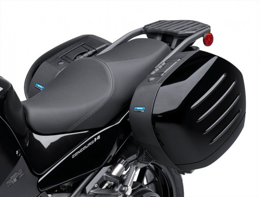 2015_Kawasaki_Councours 14 ABS_Black_4.med