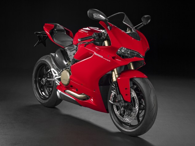 Based on outward appearance, the 1299 Panigale looks almost identical to the 1199. A closer look reveals many changes.