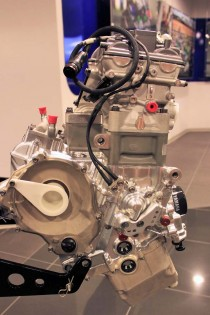 """The amazingly compact 800cc engine (""""S5"""") that powered Valentino Rossi to the 2008 MotoGP championship aboard the OWSS M1."""