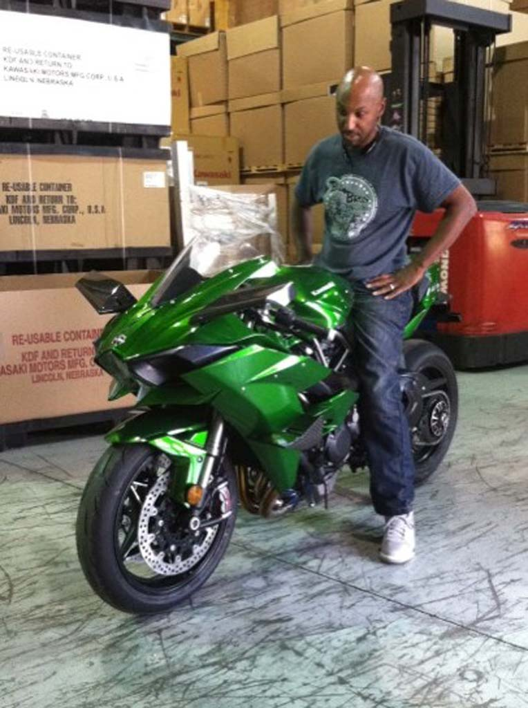motorcycle.com] - Riding Kawasaki's Supercharged H2/H2R: Rickey ...
