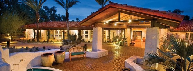 Before its prices caught up to the 21st century, we used to put up at the Casa del Zorro in a five-man casita with its own pool. Still the way to go if you can spring it...