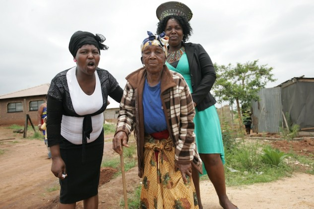 Ouma and the ladies from the village.