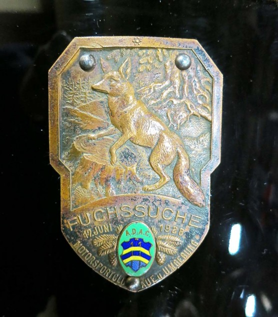 The tank badge, apparently added later, is dated 1928. A German translator was not readily available.