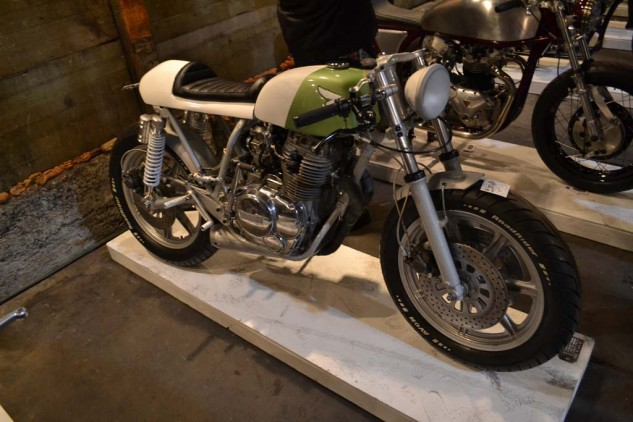 """Federal Moto's nice little 1980 Yamaha XS 400 """"Due South."""""""