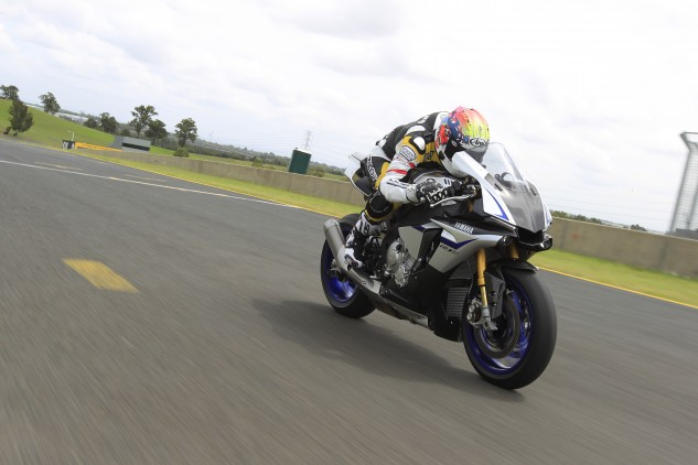 Aerodynamics, especially in a tuck, was a big priority for the design team. Even at triple-digit speeds, the R1 and R1M have nice cocoons of still air for the rider to tuck into.