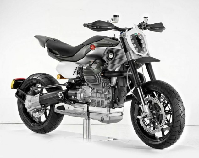 While working for Piaggio, Terblanche teamed up with Miguel Galluzzi to create this Moto Guzzi V12 Road X prototype.
