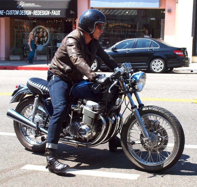 """""""Sex and the City"""" actor Jason Lewis rode in on his SS Classics custom CB750."""