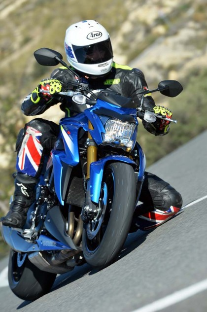 040115-2016-suzuki-gsx-s1000-your-picture-alicante_034