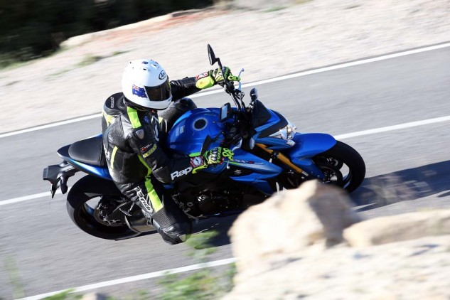 040115-2016-suzuki-gsx-s1000-your-picture-alicante_055