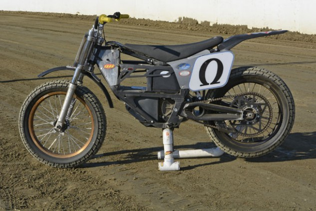Petty's Zero flat-tracker is based on the company's discontinued MX model, although it has much in common with the company's current FX dual-sport machine, which makes even more power than the MX. Petty has made a few minor modifications to the MX chassis to adapt it for flat-track use, but its air-cooled, three-phase AC electric motor is stone stock. Photo by Scott Rousseau
