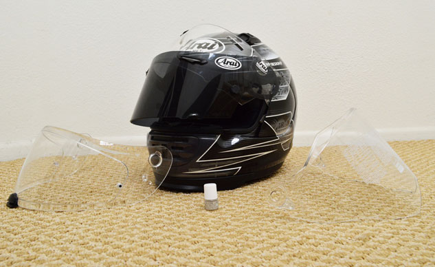 051415-top-10-overlooked-safety-tips-05-Arai-Face-Shields-Feature