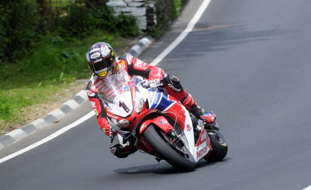 John McGuinness hopes to improve on his injury-hampered results last year aboard the Honda Racing CBR1000RR Fireblade.