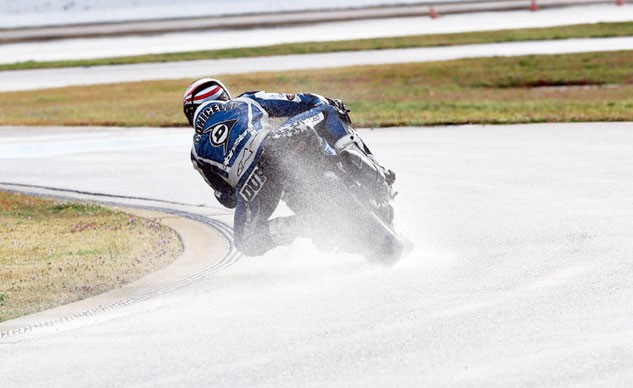 Motorcycle-Track-Day-Rain-0822