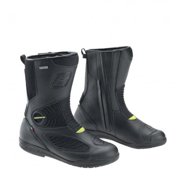 060815-buyers-guide-warm-weather-boots-gaerne-g-air-gore-tex