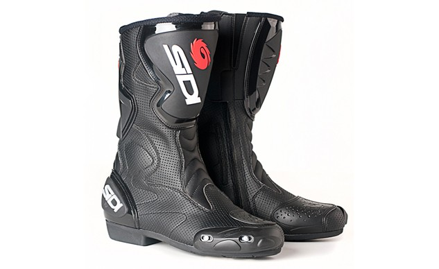060815-buyers-guide-warm-weather-boots-sidi-fusion-air
