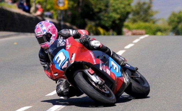 Lee Johnston rode the Victory electric bike (an evolution of the Brammo Empulse RR) to a podium finish in the TT Zero race.