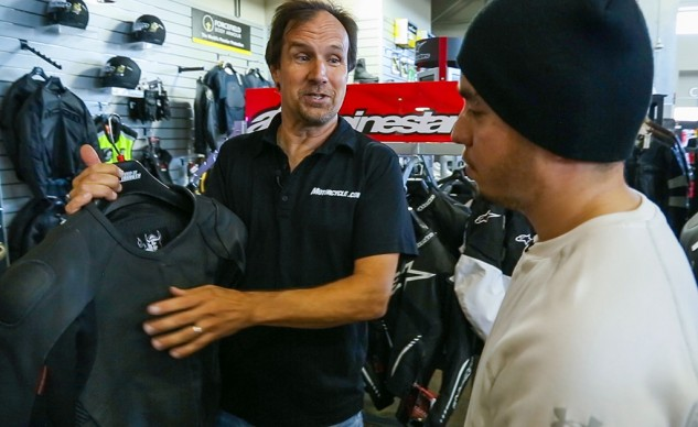 MOto Mentor – New Rider discussing jacket