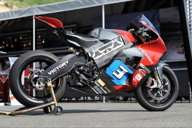 070815-victory-tt-zero-electric-racer-right-side