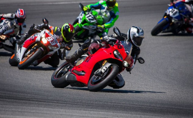 071615-2015-superbike-shootout-wrapup-chandlerinfrontturn2