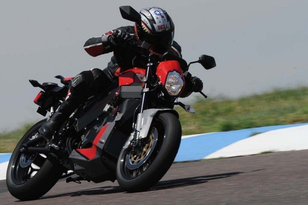 The cush drive added to the TT has significantly damped the harsh driveline lash of the Brammo, making the Victory easier to ride smoothly.