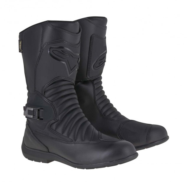 The Super Touring Gore-Tex boot incorporates an innovative, zipperless, buckle closure system that provides precise, comfortable fitment by tightening the rear of the boot instead of the front. The CE-certified boot is guaranteed to provide protection from wet-weather conditions, thanks to its waterproof Gore-Tex membrane. Sizes: 37-48. MSRP: $399.
