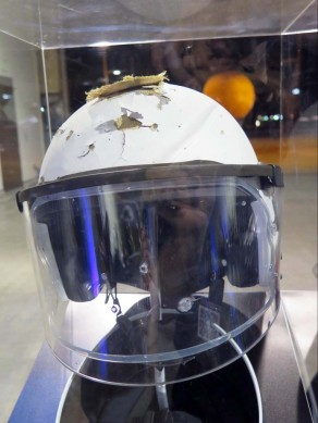 082815-schuberth-riot-tested-military-helmet