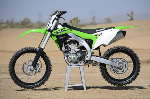 Kawasaki has completely redesigned the KX450F for 2016, and the new machine is lighter, quicker and better handling than the previous generation.