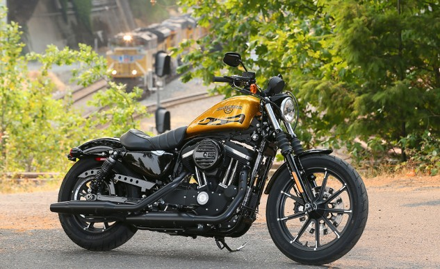 2016 Harley-Davidson Iron 883 Beauty