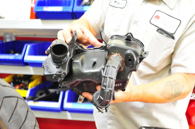 ...Then the stock airbox came off.