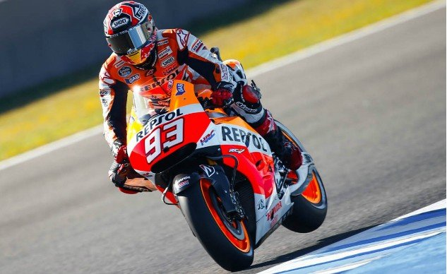 2016 Honda RC213V-S First Ride - Marquez Action
