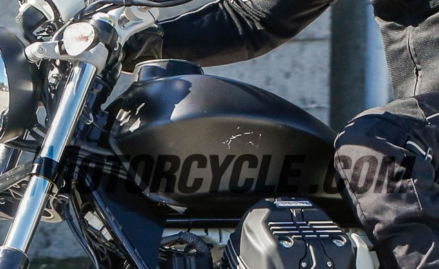 100615-spy-photo-Moto-Guzzi-V7-Audace-tank-closeup