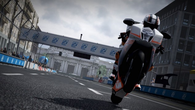 100815-ride-game-review-ktm-rc8r