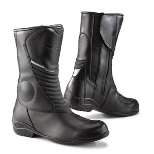101215-cool-weather-boot-buyers-guide-TCX-LadyAuraPlus