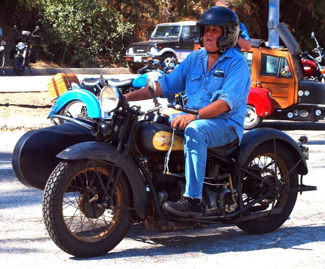 Best Shifting Gears by former TV Late Nite Host. Jay Leno rumbled up on a major chunk of history, an Excelsior Henderson four-cylinder.