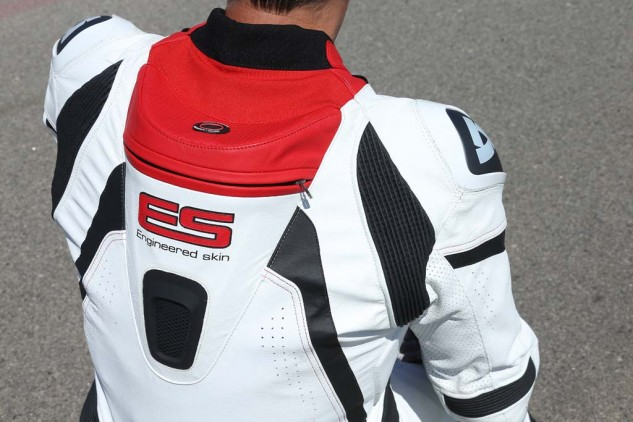 The speed hump in the back of the Stingray leathers is ready to take Rev'It's hydration system. At either side of the front are two small, stretchable loops for securing the straw. Engineered Skin is a Rev'It term for the way in which it incorporates functional performance into its garments.