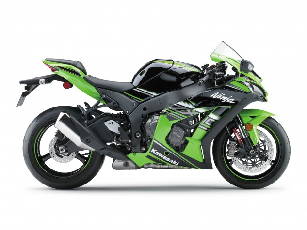 Visually, there are a lot of similarities between old and new ZX-10R models, but the real differences lie underneath the (aerodynamically tweaked) bodywork.