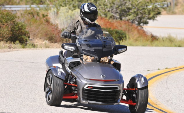 2016Can-Am-Spyder-F3-T-5652