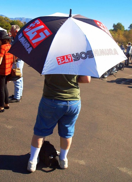 Best High Performance Umbrella: The sun was intense, so Yoshimura came to the rescue. Better than sunblock 5000.