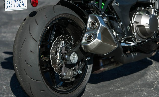 With all that pipeage hanging off either side of the Z1000 you'd think Kawasaki engineers could have done away with the under-engine exhaust canister, but there it is. This seemingly extra amount of metal certainly contributes to the Kawi's 23-pound curb weight disadvantage.