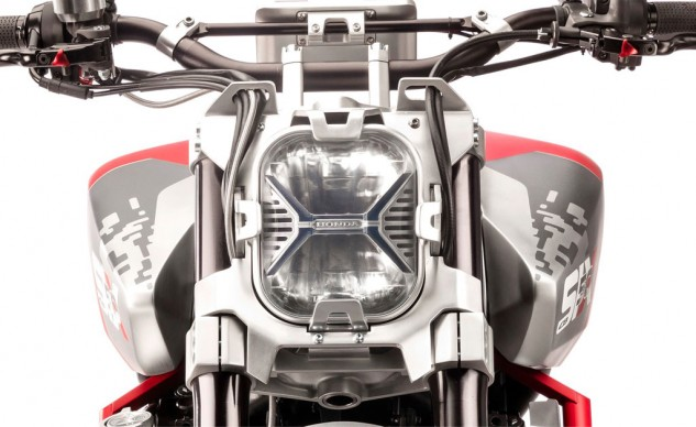 111815-honda-CBSix50_Concept-headlight-detail