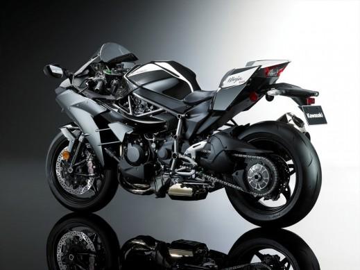 16_ZX1000N_GRY_Styling_LB_P16_R.med