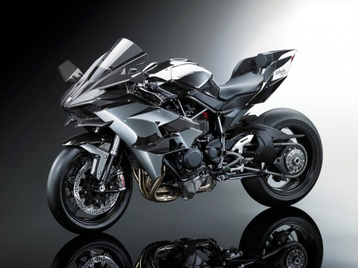 16_ZX1000P_Styling_GRY_LF_OR.med
