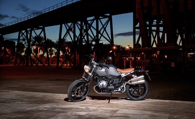 P90203079_highRes_the-new-bmw-r-ninet-
