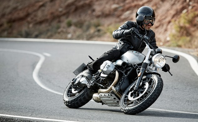 P90203089_highRes_the-new-bmw-r-ninet-