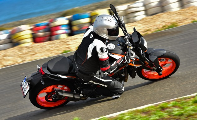 Whether your sport riding involves street or track, the Rev'It Replica Jacket and GT-R Pants are willing participants.