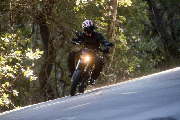 Wide bars and relatively little weight make the FXS easy to manhandle through turns.