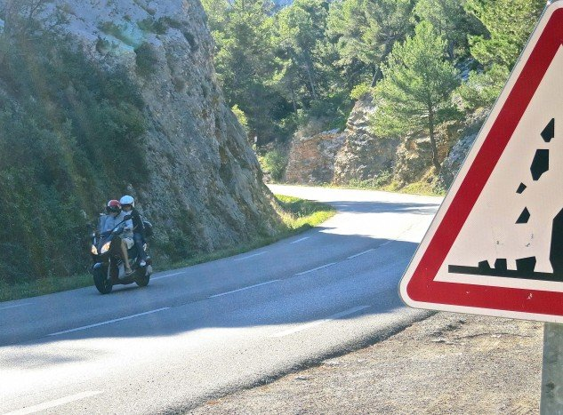 The canyon roads in southern France don't match the alpine ribbons of Italy or Switzerland, or even the Sierras or Rockies in terms of elevation. But they are well engineered and maintained, and some fun.