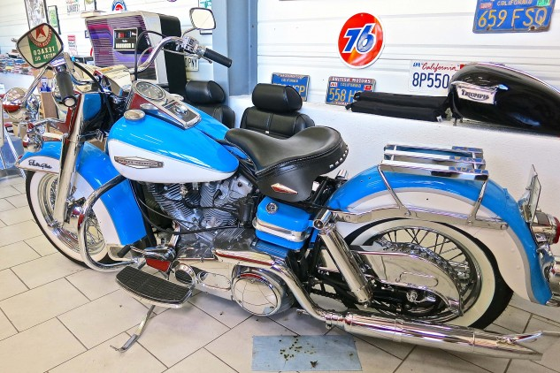 And a '71 Harley-Davidson Electra Glide. In blue.