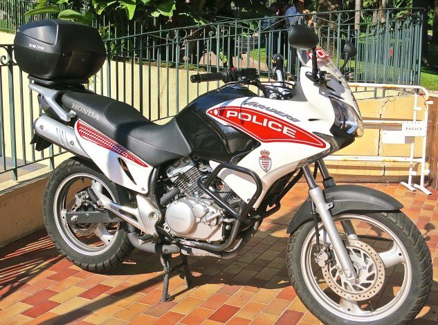 The Monte Carlo Police occupy an appropriately classy station with a Honda Varadero on the front patio.